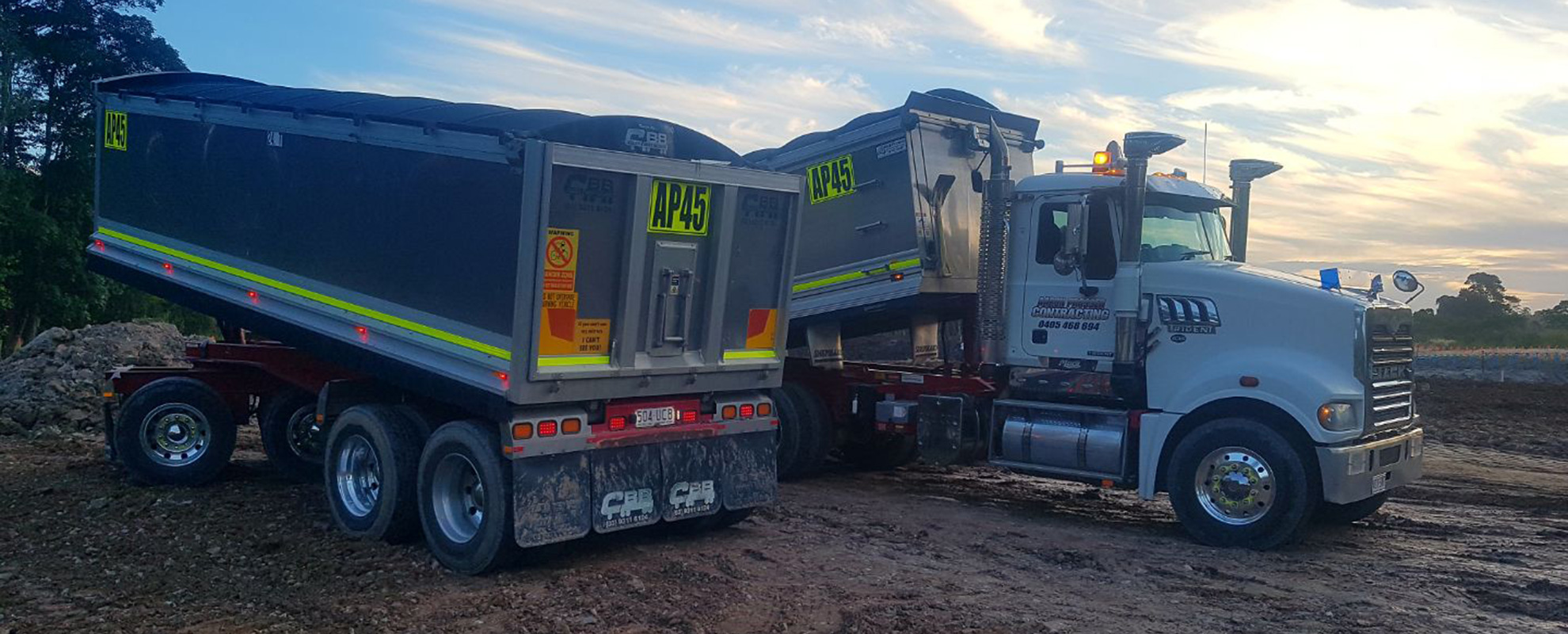 tippers - earth moving -north-brisbane